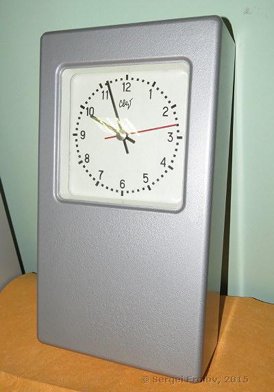 Попали в руки вот такие часы,очень понравились а подключить не знаем как,может кто знает и сможет подробно объяснить?) часы стрела ссср подключение помощь.